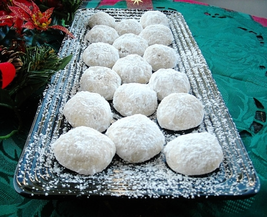 Mexican Wedding Cookies and a Cookie Exchange