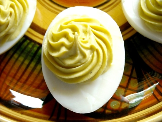 deviled eggs, how to make deviled eggs, tangy deviled egg recipe,