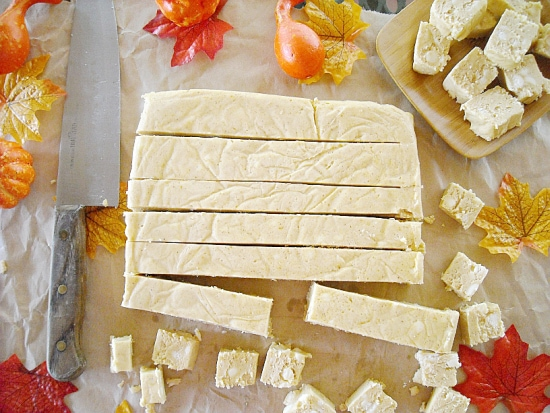 White Chocolate Pumpkin Fudge