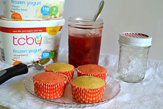 Ingredients for TCBY Strawberry Cupcake Delight #TCBYGrocery