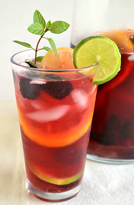 Lipton Tea and Honey Sparkling Sangria Mocktail #FamilyTeaTime