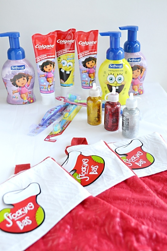 Colgate Dora the Explorer and Spongebob Squarepants Holiday Smiles