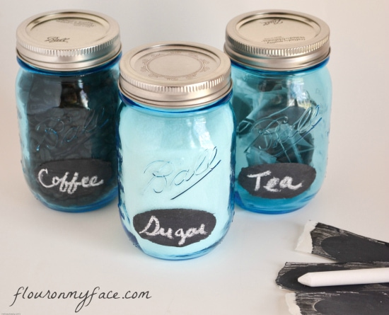 easy chalk labels, diy chalkboard labels, canning jar labels, Ball heritage Blue Canning Jars, organise pantry