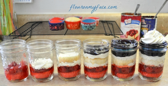 how to, cupcakes, jars, mason jar desserts, All You Magazine