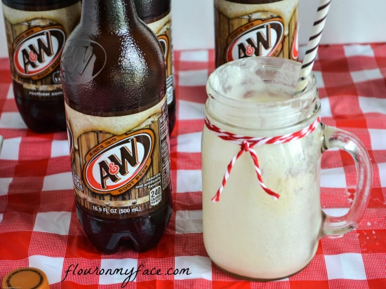 root beer floats, a&w root beer, edy's ice cream, summer, floats
