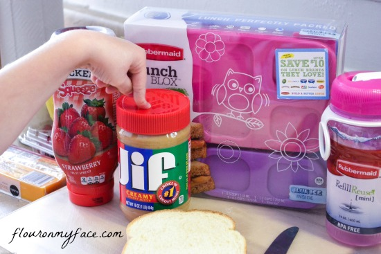 healthy, lunch, ideas, bento lunch box, Rubbermaid, Jif peanut butter, Smucker's