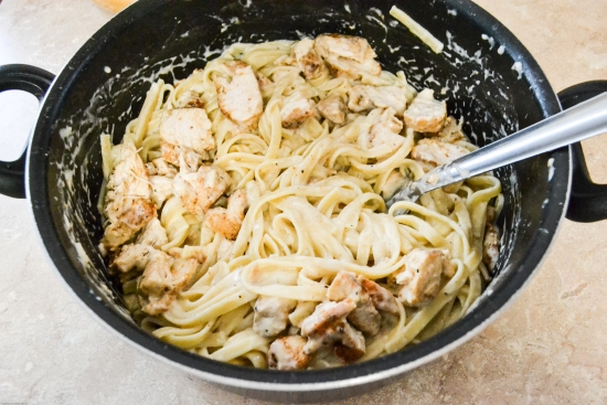 homemade alfredo sauce, chicken alfredo recipe, chicken recipes,  Spicy Cajun Chicken Fettuccine Alfredo