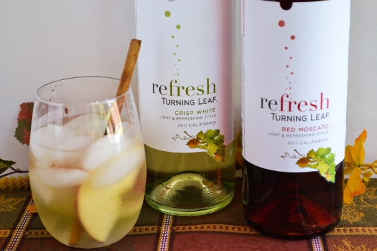 Turning Leaf Wine Review, Turning Leaf Moscato Wines, Red Moscato wine, Crisp White Moscato wine review